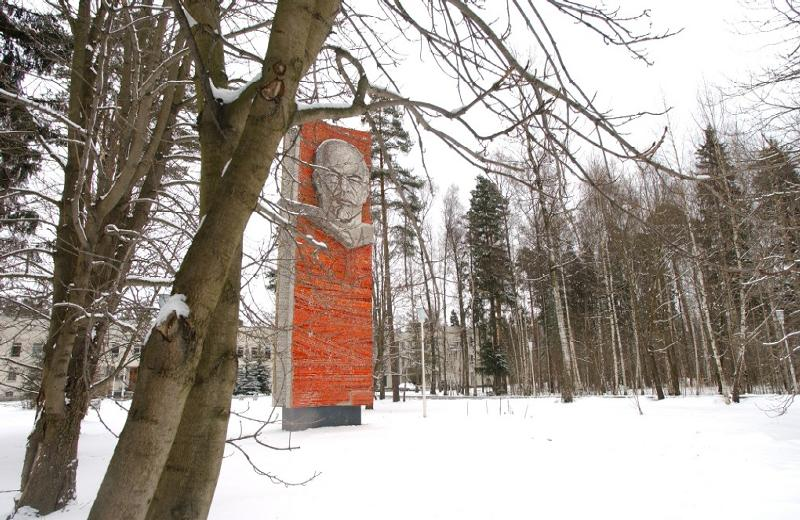 Lenin In Winter
